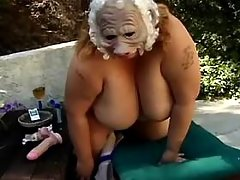 Lonely chubby woman plays with juicy pussy in bed bbw sex