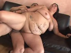 Flabby whore jumps on strong dick bbw sex