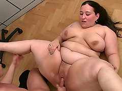 BBW takes off work to fuck bbw sex
