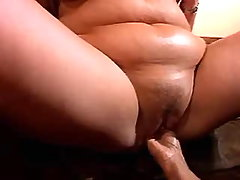 Mature fatty gets fisting from dude bbw sex