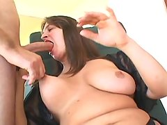Appetizing plump beauty makes love bbw sex