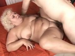 Chubby horny mature fucked by guy bbw sex